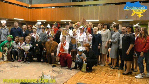 На Херсонщині завершився третій сезон інклюзивного театру. херсонщина, бібліотека, вистава, театр, інвалідність