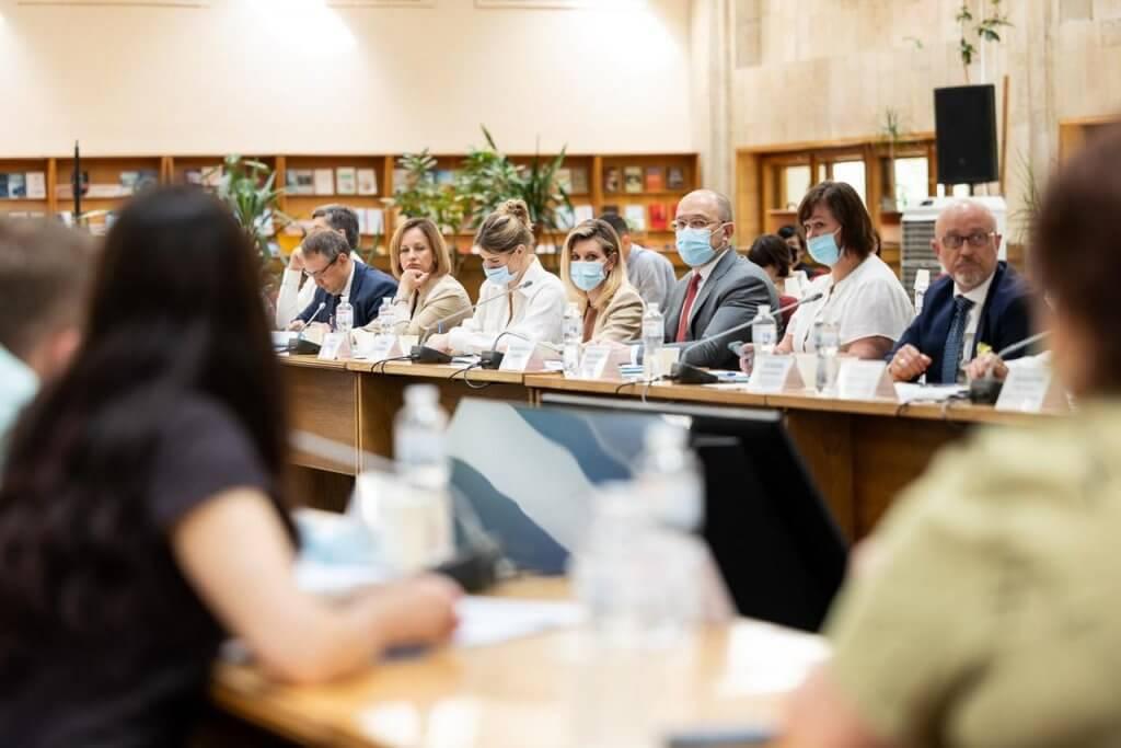 Міністерство молоді та спорту України презентувало план заходів щодо впровадження стратегії безбар'єрності. мінмолодьспорту, національна стратегія, рада безбар'єрності, безбар'єрний простір, засідання