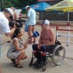 Світлина. На пляжі для людей з інвалідністю відкрито купальний сезон. Безбар'ерність, інвалідність, доступність, Мариуполь, пляж, комфорт