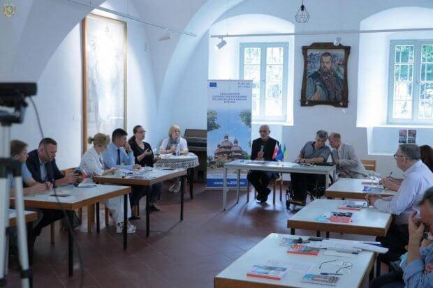 У Львові відбулась Міжнародна конференція з питань розвитку туристичних маршрутів для осіб з інвалідністю. львів, конференція, туризм, туристичний маршрут, інвалідність