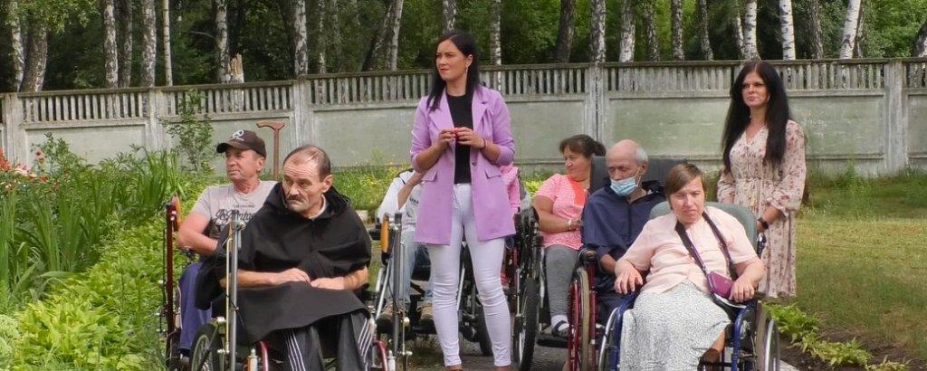 Спеціальний верхній одяг для людей на візках створили у Чернігові (ФОТО, ВІДЕО). чернігів, візок, колекція, модель, одяг