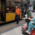 Світлина. Житомиряни скаржаться, що не завжди можуть скористатися пандусом в нових тролейбусах та автобусах. Безбар'ерність, інвалідність, пандус, Житомир, доступний, комунальний транспорт
