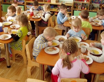 Прокуратура захистила право дитини з інвалідністю на безкоштовне харчування. чернігівський район, безкоштовне харчування, дитина, прокуратура, інвалідність