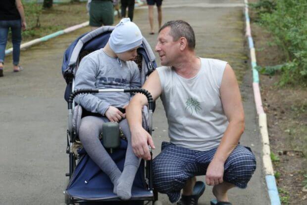 «Михайлик тут розцвів…», – батько дитини з інвалідністю про табір «Супутник». дцп, житомирщина, спілкування, табір супутник, інвалідність