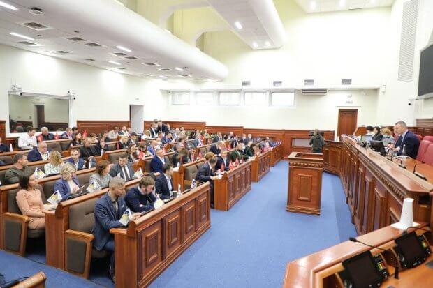 Валентин Мондриївський: У Дніпровському районі створять дві спеціальні школи. київ, освітня послуга, сесія, школа, інвалідність