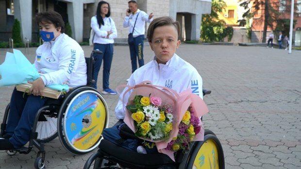 «Підтримка рідних і тренера» – спортсмени Дніпра розповіли, як здобували медалі на Паралімпіаді. владислав білий, зоя овсій, паралимпиада, паралімпійські ігри, медаль