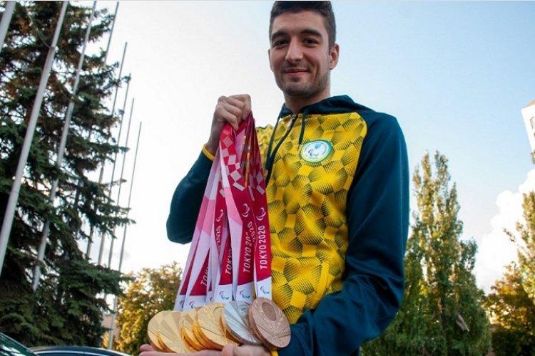 """""""Срібло – означає, що є куди прагнути"""": п'ятиразовий чемпіон Паралімпіади розповів про медалі, Токіо та мрії. максим кріпак, паралимпиада, медаль, спортсмен, чемпион"""