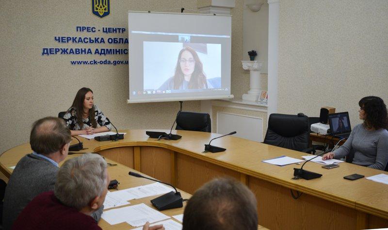Громадськість долучилася до розроблення плану стратегії безбар'єрності на Черкащині. черкащина, громадськість, нарада, стратегія безбар'єрності, інвалідність