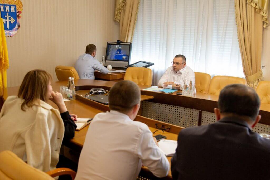 Продовжується робота щодо створення безбар'єрного простору на Тернопільщині. національна стратегія, тернопільщина, безбар'єрний простір, нарада, інклюзія