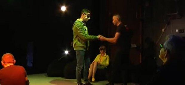 Вперше в Україні Івано-Франківський театр ляльок підготував виставу для людей з порушеннями зору. івано-франківськ, вистава, незрячий, порушення зору, театр